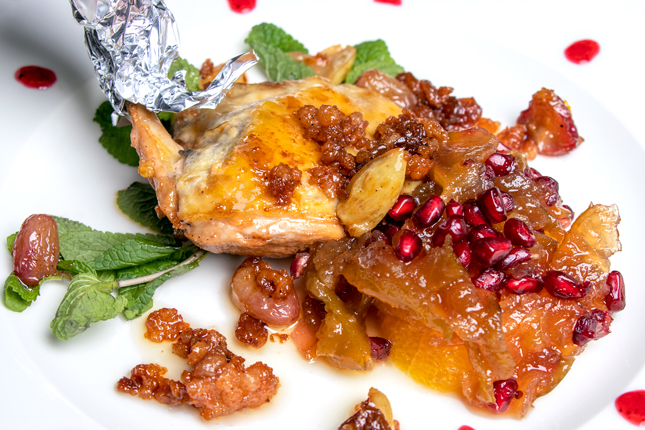 Guinea fowl from Vicariato of Quistello, fresh grapes, grapes from Corinto, oranges, mostarda (pickled candied fruit in a spicy syrup), pomegranate and mint